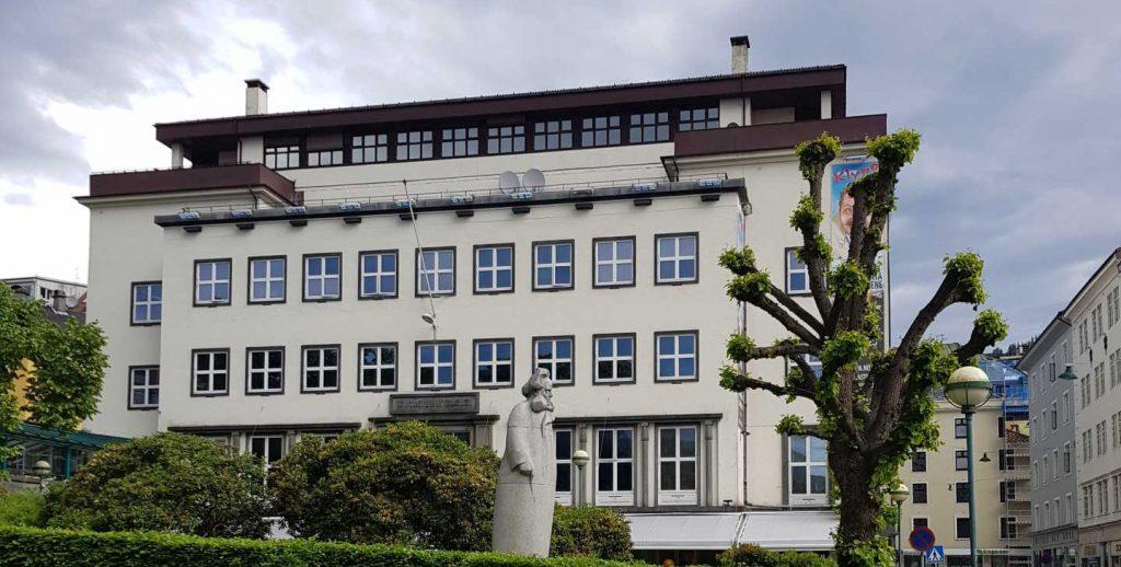 VEITEN 3, næringslokale fasade Bergen